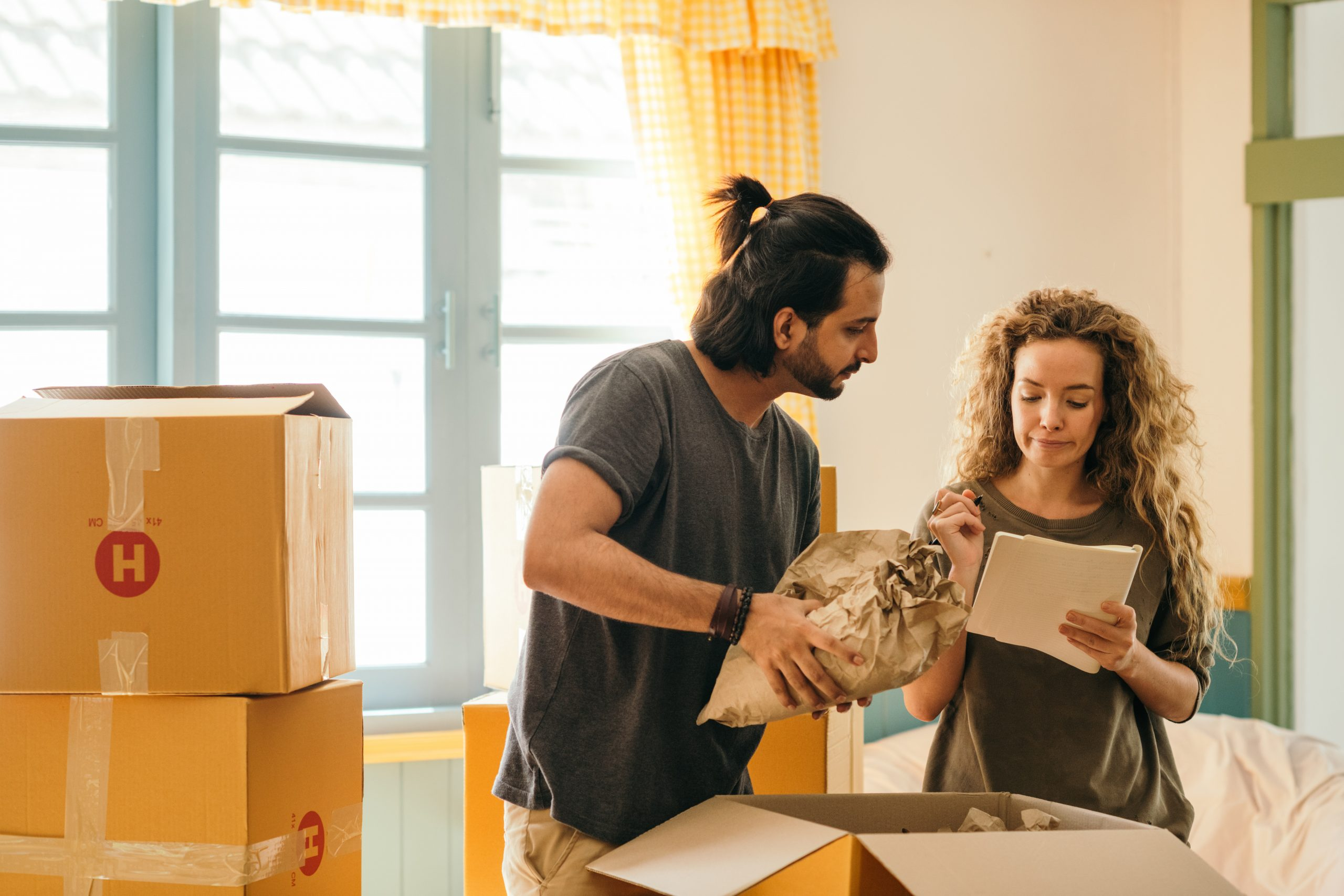 7 tips to make moving abroad easier